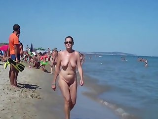 Mature Nudist Milfs Beach SpyCam Close-Up Voyeur HD Video